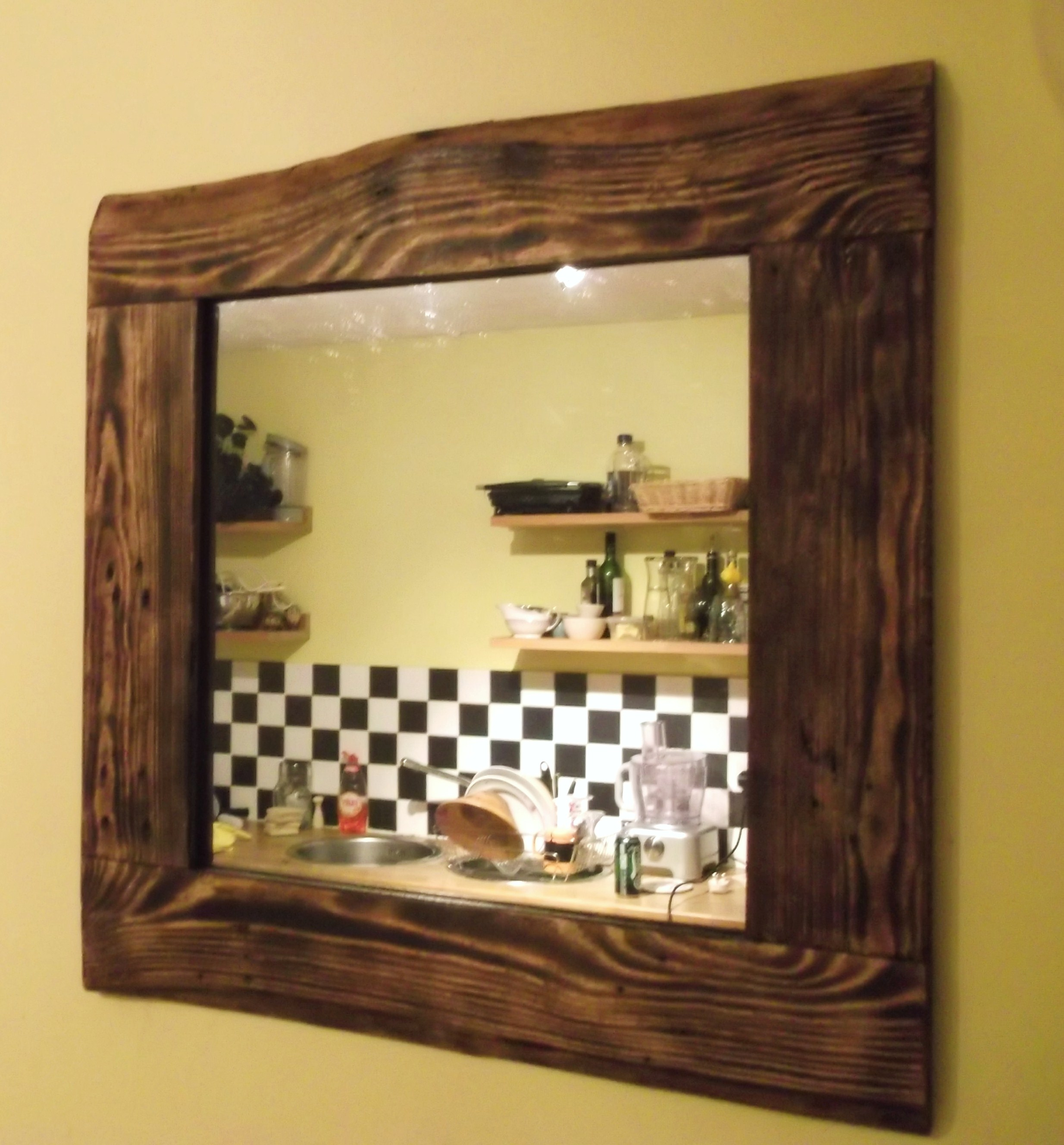 recycled pallet wood mirror 1