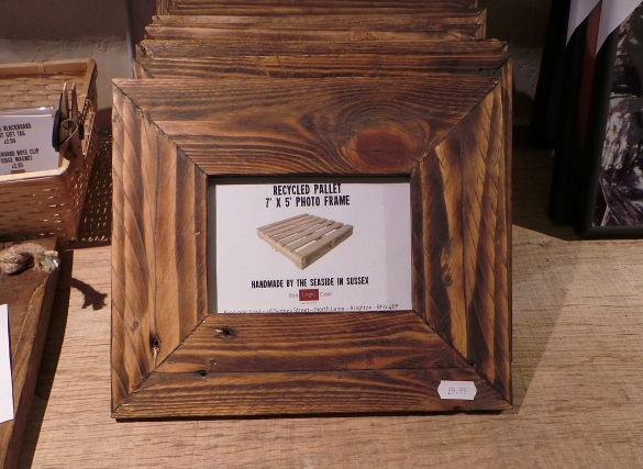 Download How To Make Wood Picture Frame With Glass Plans