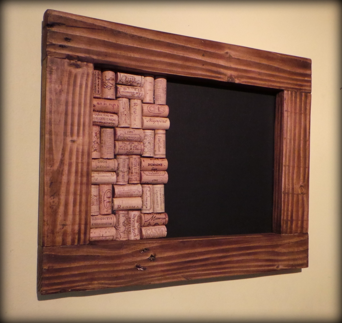 New memo boards made to order blackboards with wine cork for Recycled wood board